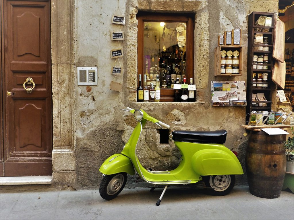 vespa-tuscany-1024x768 Discovering Tuscany and... Taste it!